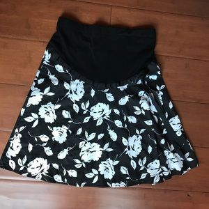 Motherhood Maternity Black & White Floral Skirt